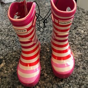 Hunter girl boots toddler size 5 NWT